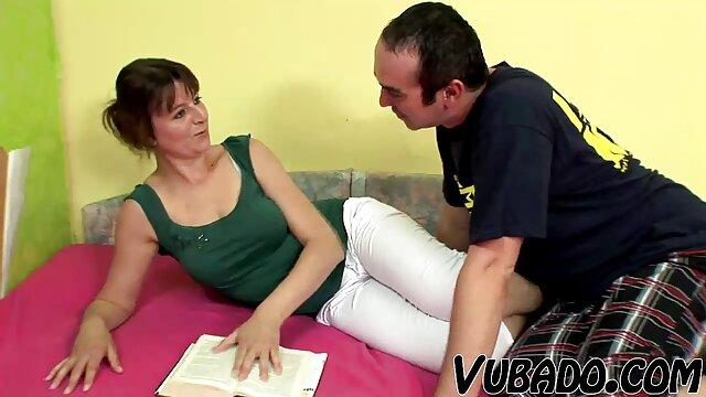 ヴィオレッタは非常に彼女を愛して セックス 女性 向け 無料 動画
